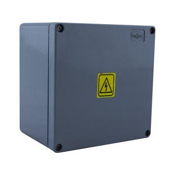 Caja estanca de aluminio inyectado ip65 multifunción 150x150x100mm