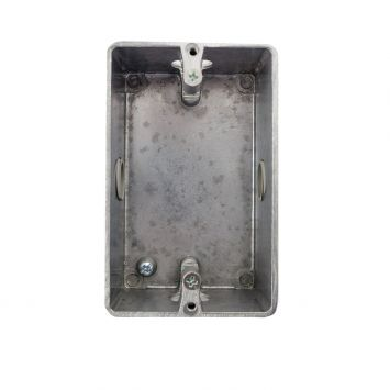 Caja aluminio p/bastidor sin tapa 5x10cm 1/2rosca gas p/caño 3/4galvanizado
